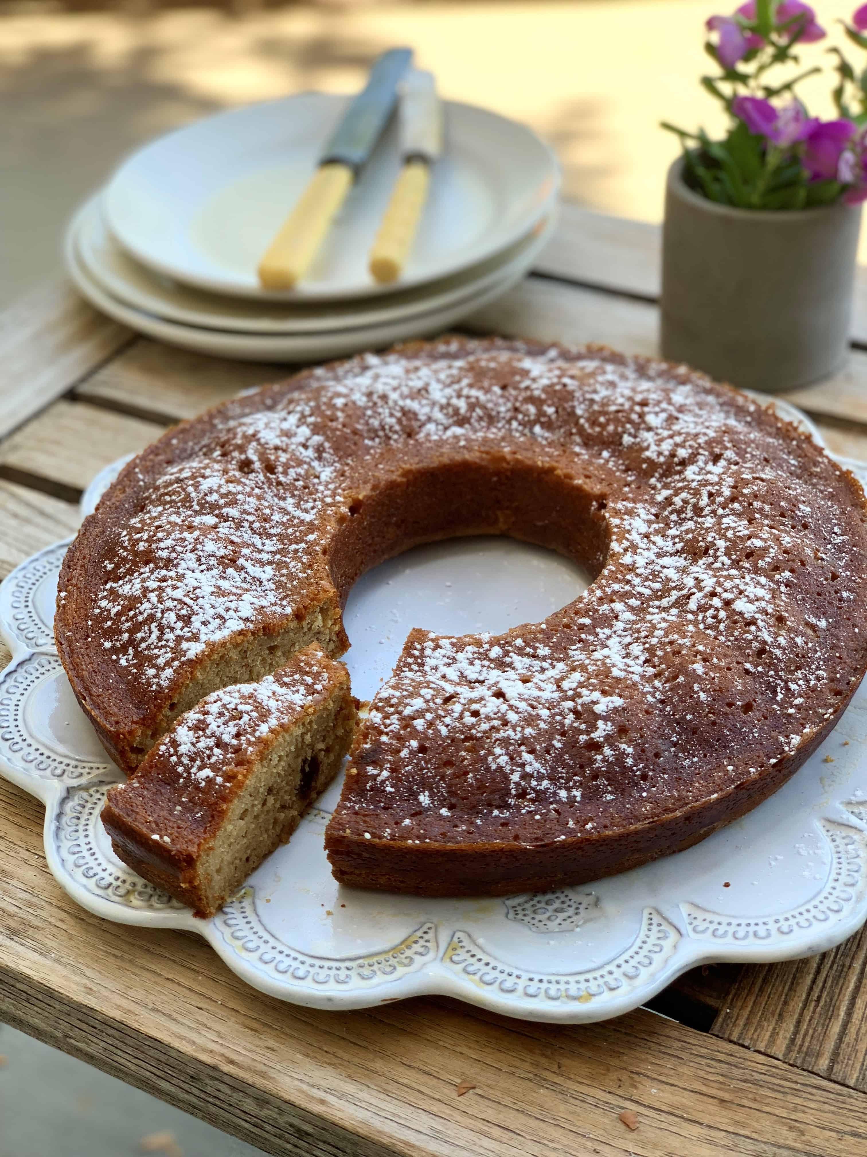 עוגת מייפל ותמרים