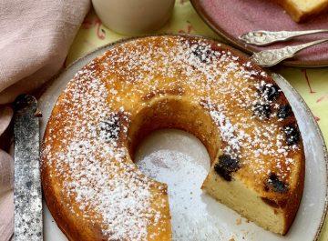 עוגת תפוזים עם נגיעות של דובדבני אמרנה
