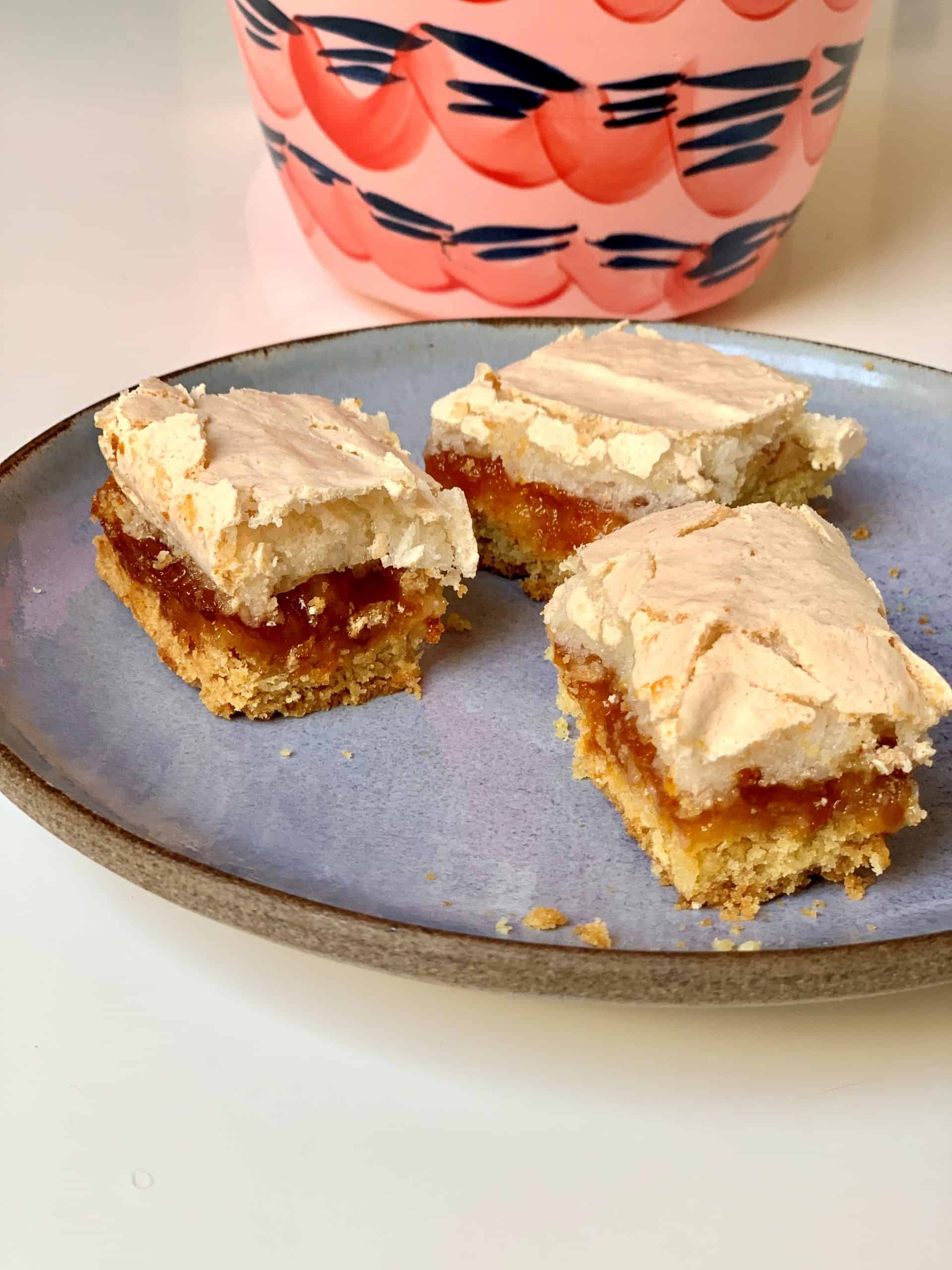 עוגת ריבה וקצף של סבתא גיזה